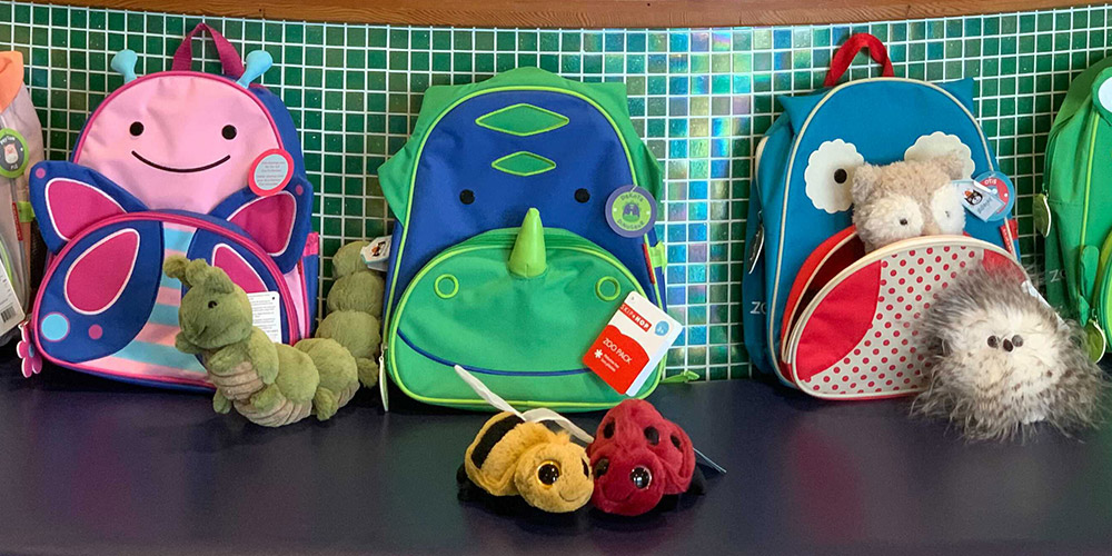 These playful backpacks are a great way to organize your activities.